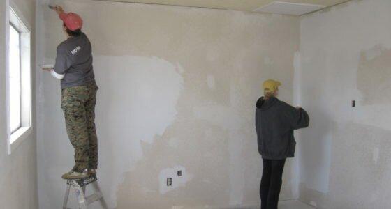 Шпаклевка стен под покраску и обои